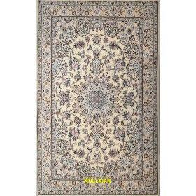 Tappeto pregiato Nain 9 line Persia colore beige avorio e bianco e seta 204x120 Mollaian rugs